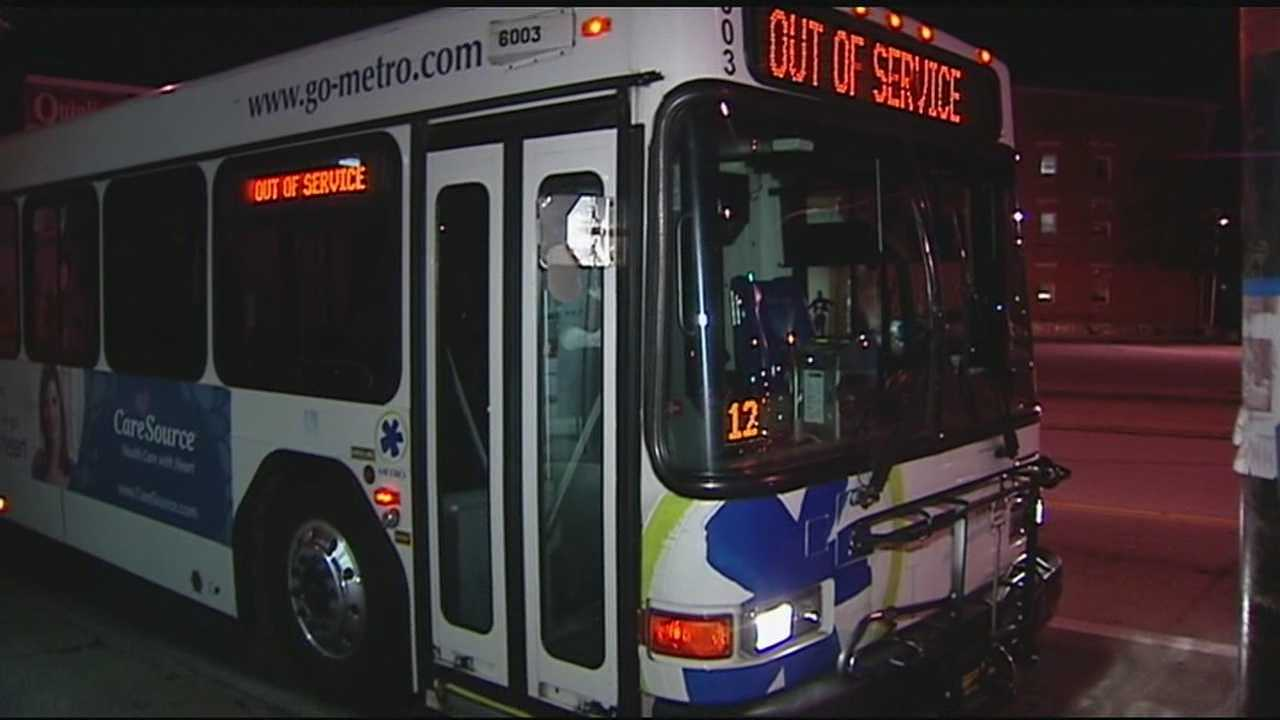 A man claiming to have a bomb boarded a Metro bus in Cincinnati Friday night.