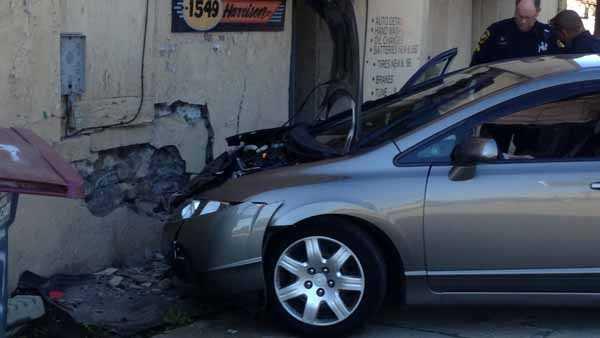 Harrison avenue crash 5.jpg