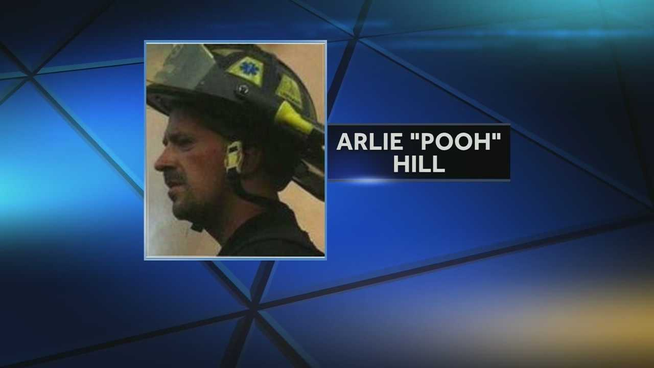 A southern Kentucky firefighter has died at a Cincinnati hospital, weeks after being burned in a fire.