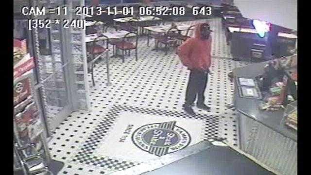 steak n shake robbery 11113.jpg