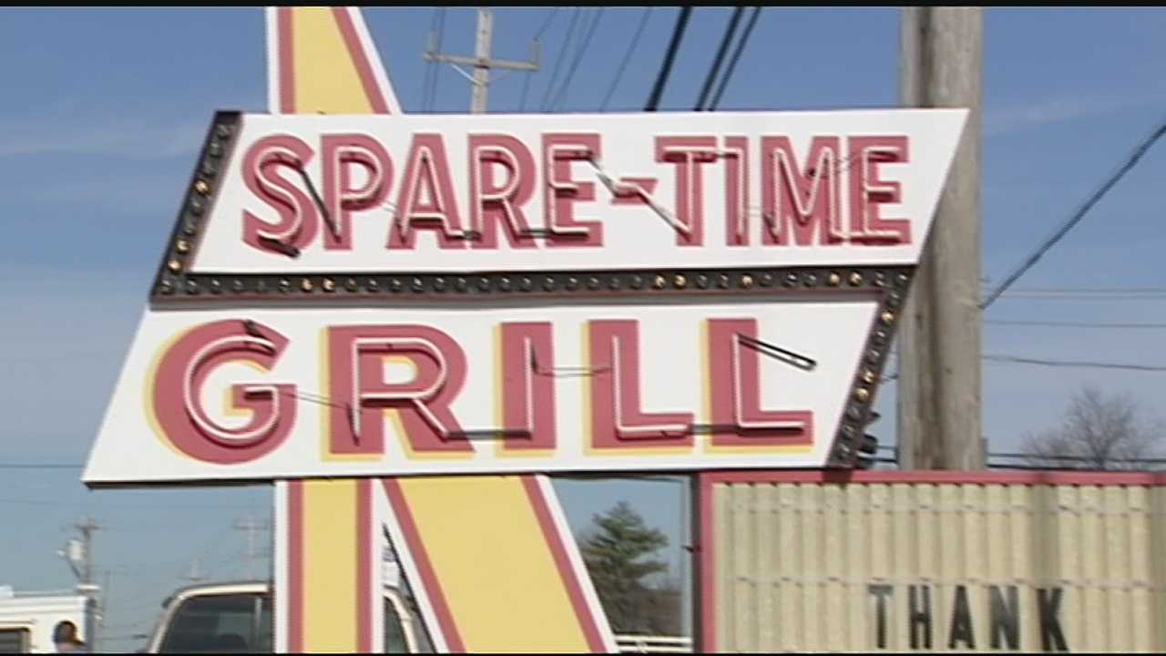 The Spare Time Grill in Alexandria closed its doors for good after breakfast and brunch on Saturday.