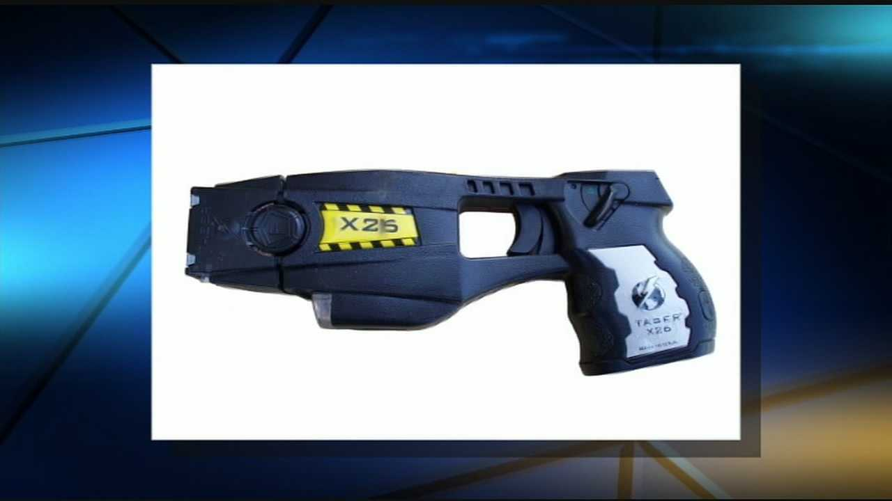 Taser, $12,000 in gear stolen from U.S. marshal's vehicle