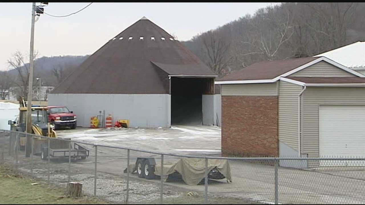 A lot of cities are running low on their salt supply. The city of Cleves is down to only 300 tons of salt, and up to now they have used almost twice that amount salting their streets. Other areas, like Kenton County have been waiting on shipments of salt since last week, but the cold weather is here now.