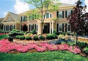 This beautiful $1.29M Deerfield Township home includes six bedrooms, six bathrooms, a large open floor plan, and much more. The home is featured on realtor.com.Location: 8663 Hampton Bay Place, Deerfield Township, OH