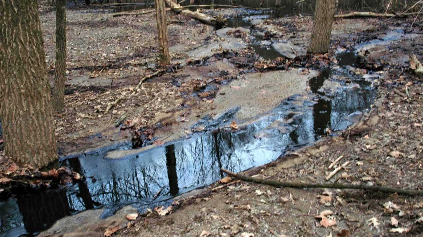 Colerain Twp oil leak 1.jpg