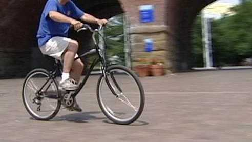 Generic bicycling bicycle.jpg