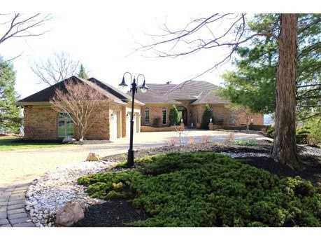 This beautiful Anderson Township home includes four bedrooms, six bathrooms, an in ground pool, and a large open floor plan. The home is listed for $1.25M and is featured on realtor.com.