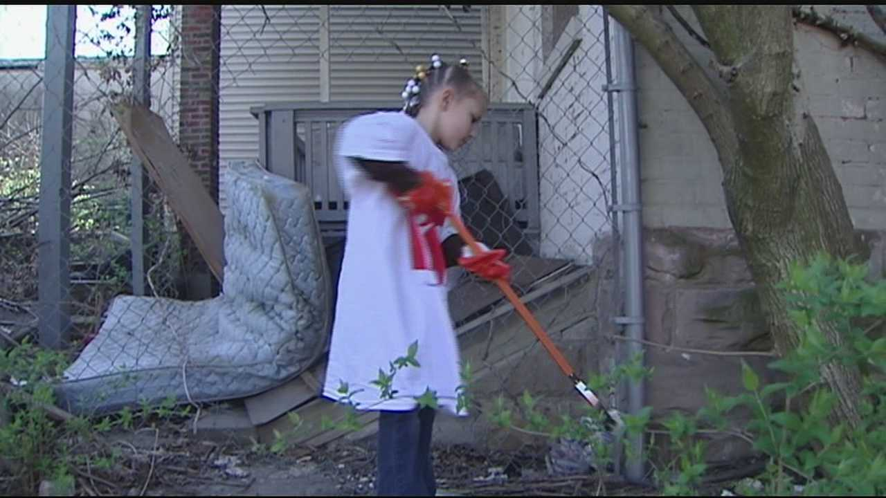 Price Hill community gathers for kickoff of great American cleanup