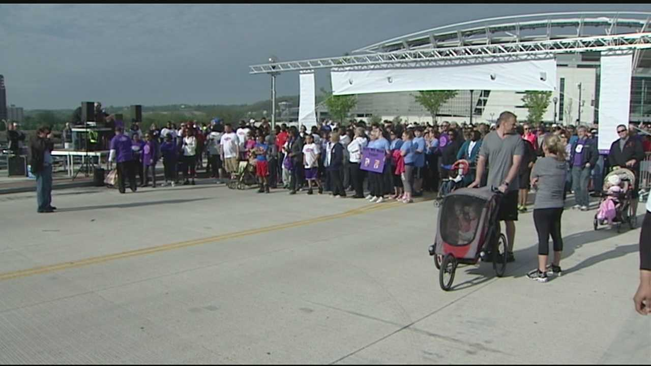 The annual walk raised $1.1 million Sunday to be used for programming and medical research in the Tri-State.