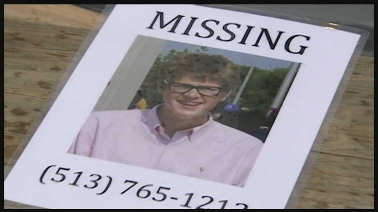 Volunteers looking for missing UC student expand search