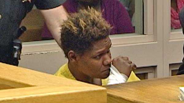 Geanna Mitchell in court.jpg