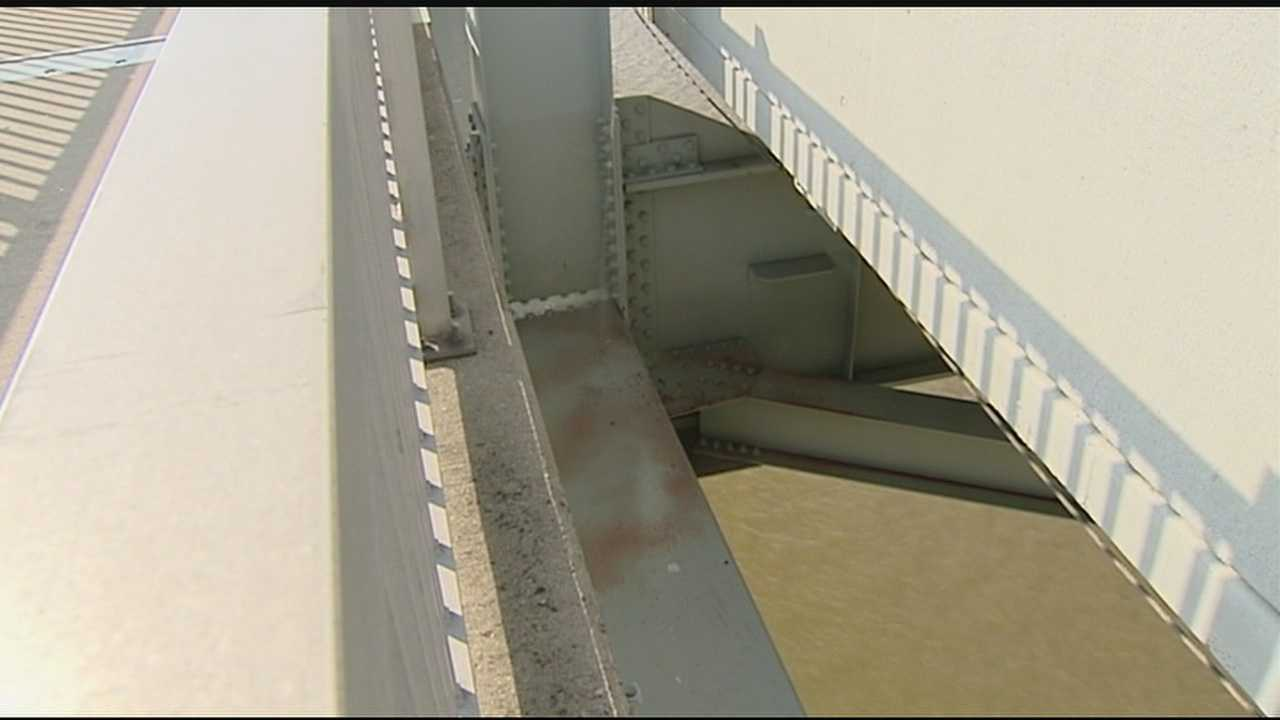 Injured carriage driver was inches from falling into Ohio River