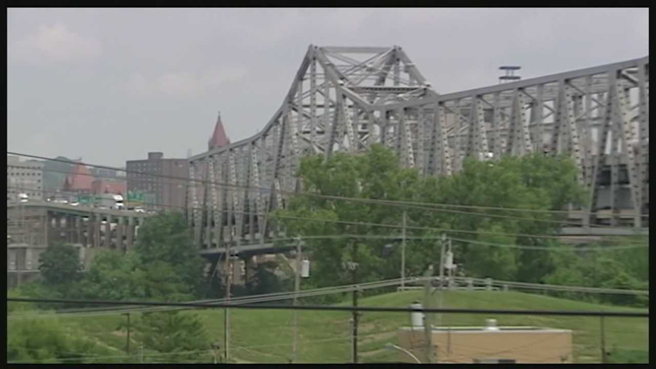 McConnell wants to repeal bill to pay for replacement of NKY bridge