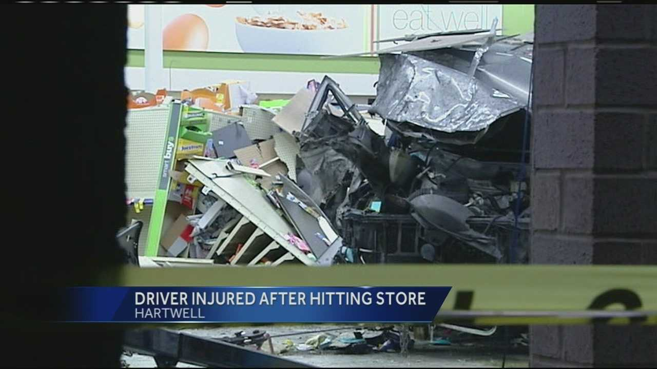Police investigate after car runs into Walgreens overnight in Hartwell
