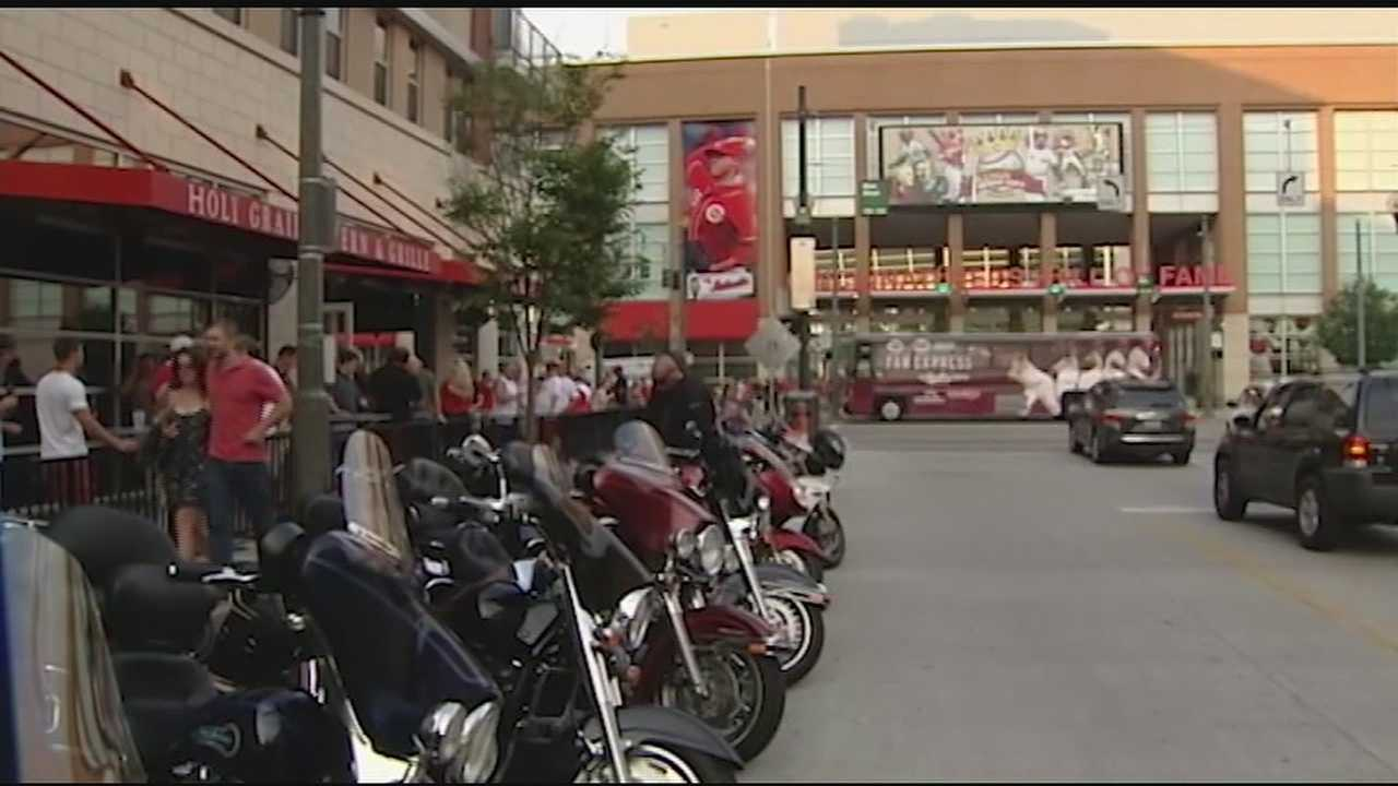 Several events brought thousands of patrons downtown Saturday night.