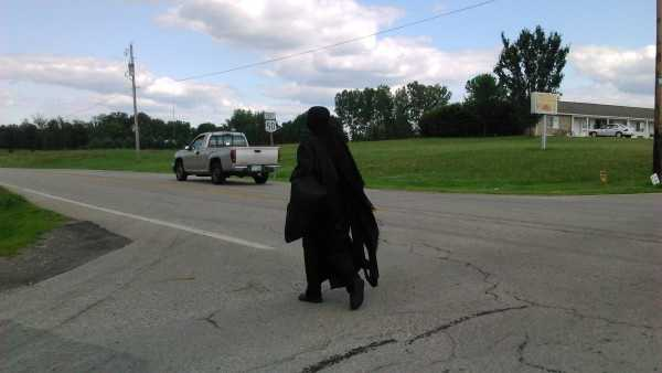 woman in black in ohio (5).jpg