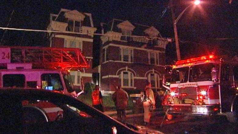 Chateaux Avenue fire.jpg