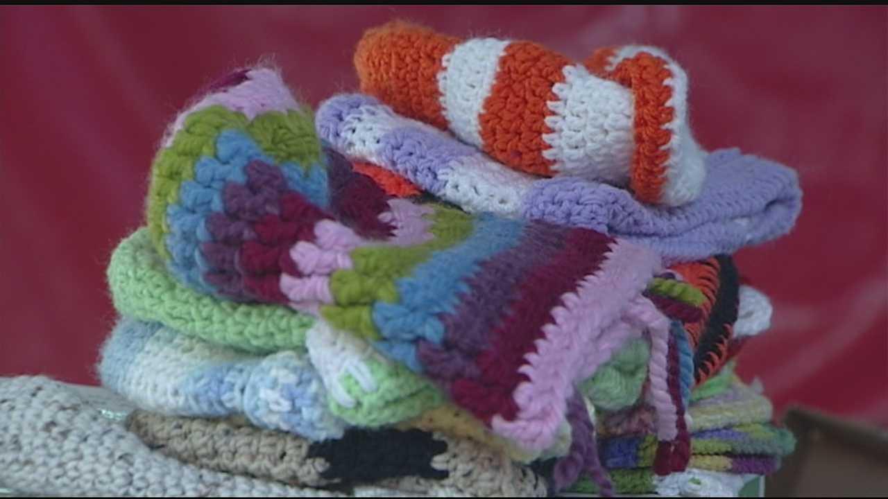 """It can be easy to take for granted not only having those fall and winter essentials such as hats, scarves, and gloves, but even having an assortment to choose from. Sadly, that's not the case for many under privileged or homeless people across the Tri-State. That's where """"Scarf It Up"""" steps in to help."""