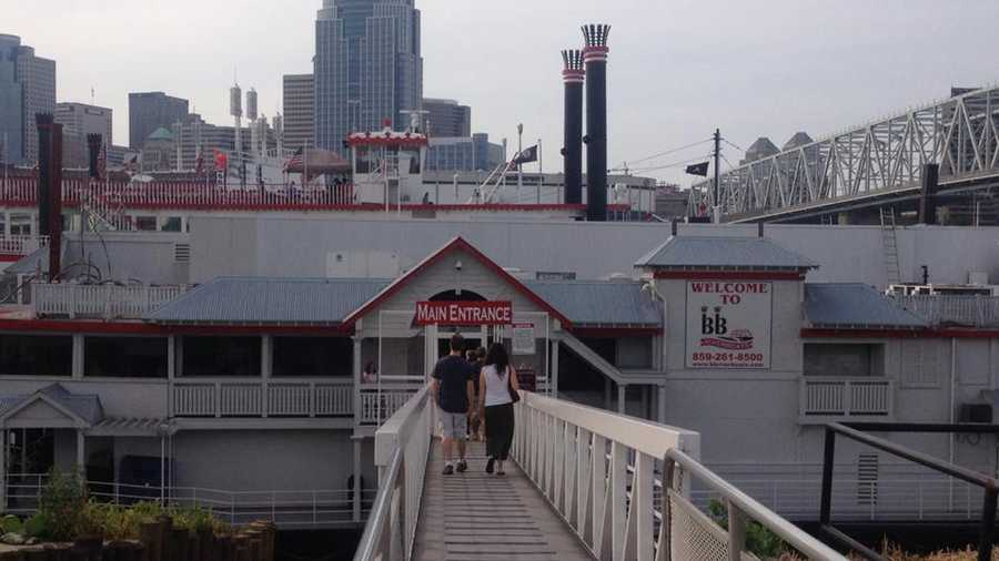 Christian Moerlein Brew HO HO HO Dinner Cruise Saturday, Dec. 20Newport, KentuckyAs if floating down the river in a giant riverboat isn't fun enough, this particular cruise offers a holiday buffet, festive music and Christian Moerlein beer!For tickets and more info, visit their site