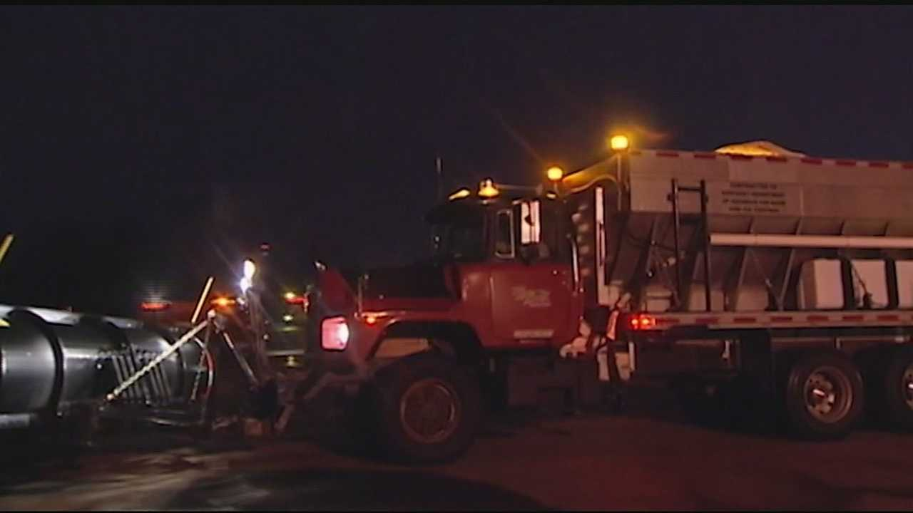 Road crews are working to prepare the roads for the winter weather Sunday night. The inclement weather has already started making roads dangerous according to some Tri-State drivers.