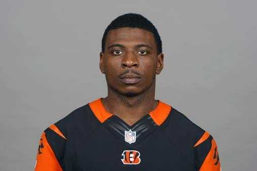 #19 Brandon Tate: 2014 Cap Hit- $1,024,000 -- Tate has been with Cincinnati since the 2011 season. Last year the Bengals took a hard hit to the wide receiver position with Marvin Jones going to the IR and A.J. Green out a few weeks with a toe injury, and they turned to Tate (17 catches for 193 yards and 1 TD). Tate started 4 games for Cincinnati and did some work on special teams.
