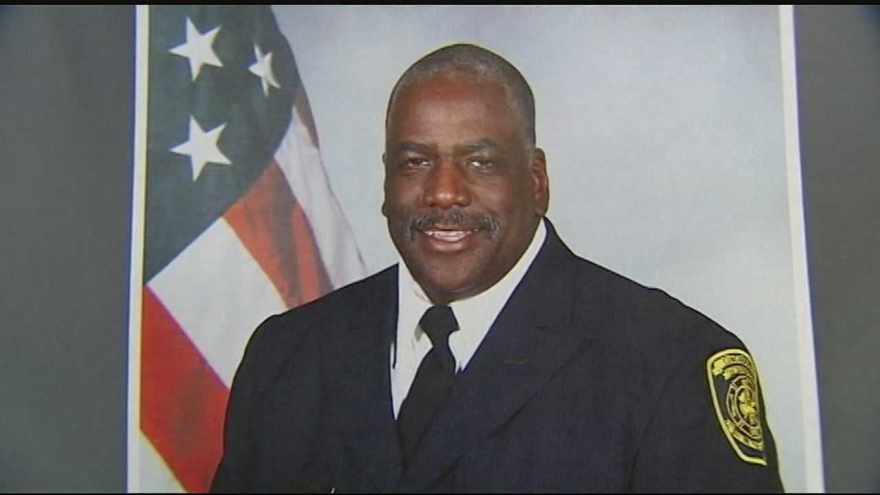 It's anticipated thousands will pay tribute to Fire Apparatus Operator Daryl Gordon, who died last week after falling down an elevator shaft during a rescue at the King Towers apartments in Madisonville.