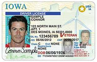 License expiration depends on driver's age. Between the ages of 16-18 it expires after 2 years&#x3B; between 18-70 it expires after 5 years&#x3B; and for drivers 70 and older it expires after 2 years