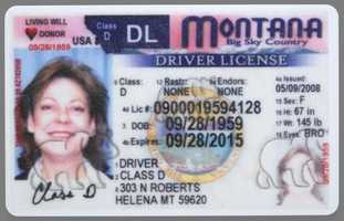 License expiration depends on driver's age. Drivers between the age of 14-20 it is valid for 1 to 7 years&#x3B; for drivers between 21-67 it expires after 8 years&#x3B; for drivers between 68-74 it is valid for 1 to 7 years and for drivers who are 70 years old and older it expires after 4 years.