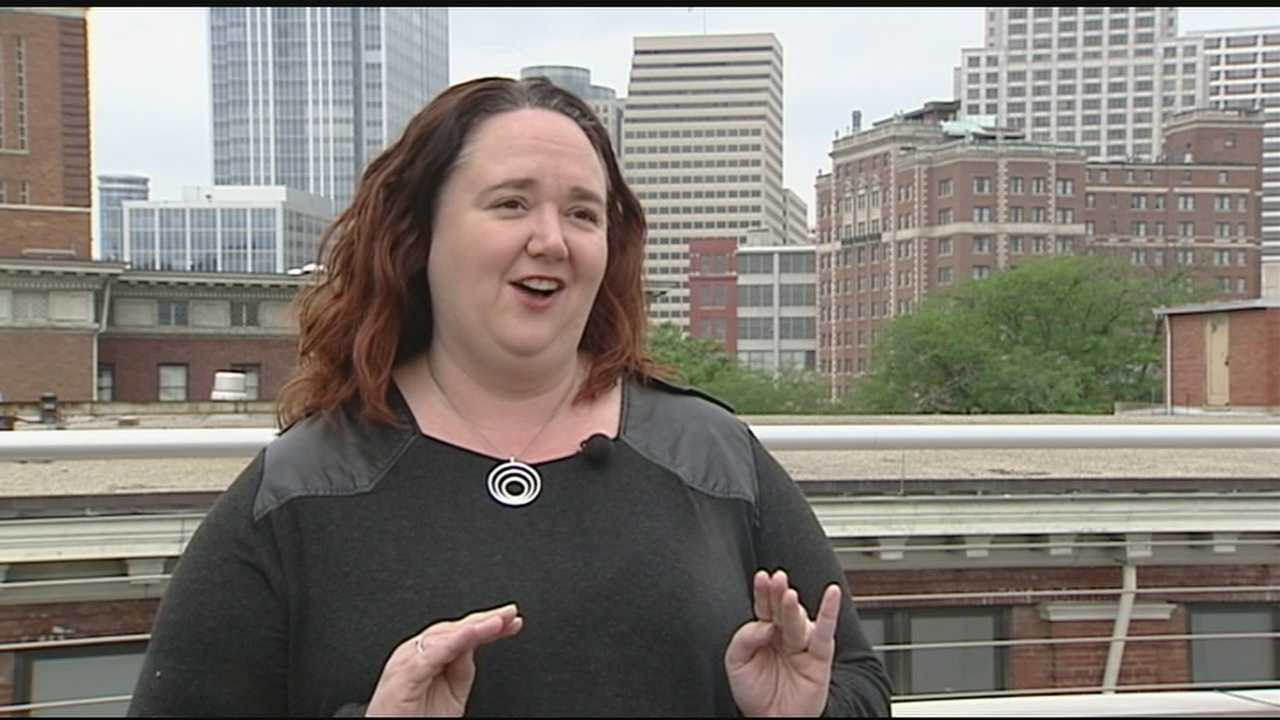 "Kyla Woods speaks with local food blogger and Urban Spoon ""superstar"" about what to look for at the 2015 Taste of Cincinnati."