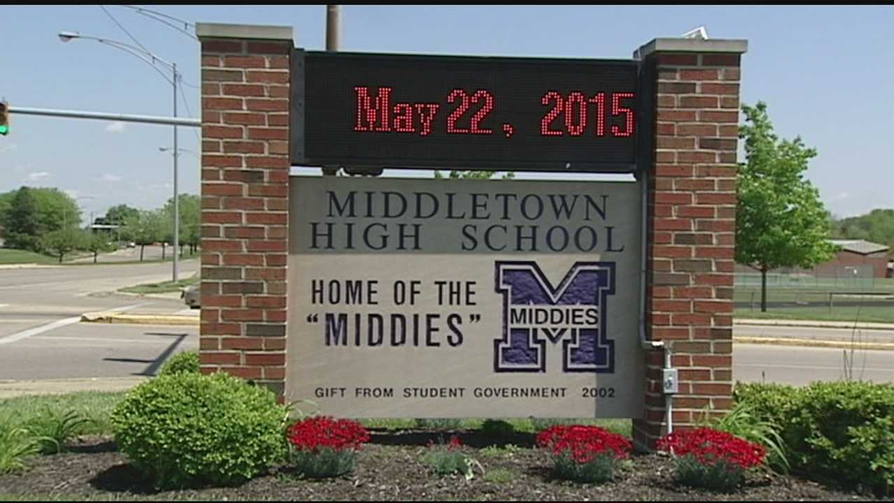 Nude pictures of Middletown High School students may be floating around on the internet. The school says police are investigating and so are officials at Twitter. Some speculate the pictures might have been posted as part of a senior prank.