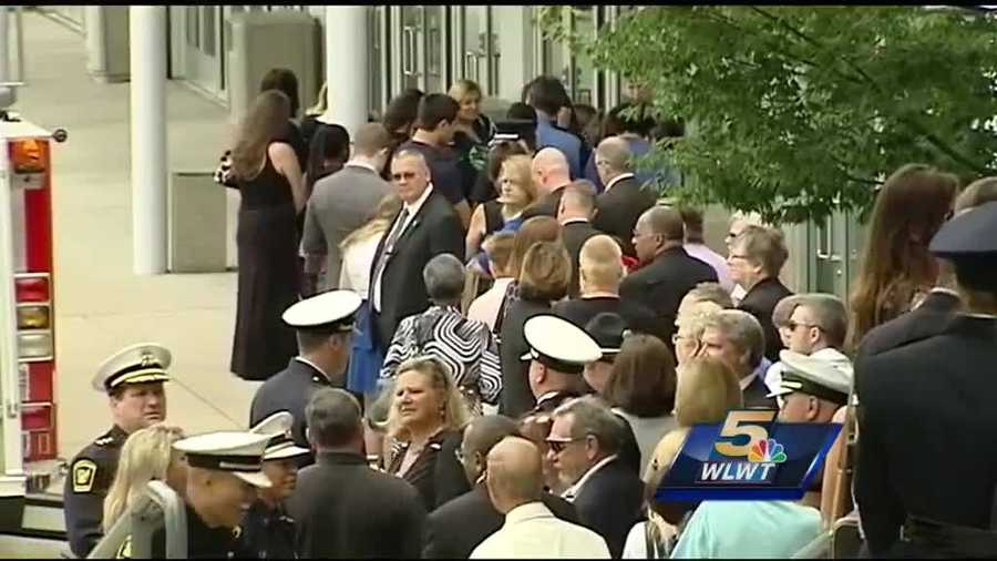 Thousands in attendance to pay last respects to fallen officer Sonny Kim.
