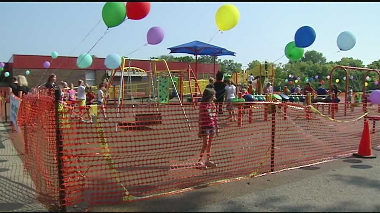 There was a ribbon cutting at a new playground on Tuesday morning at Oakdale Elementary.