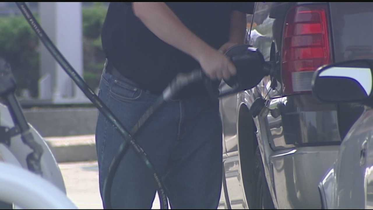 It's a big travel weekend: According to reports, 35 million people are expected to get out of town for the holiday.Experts said those who hit the road will see gas prices 84 cents less per gallon compared to Labor Day weekend last year.
