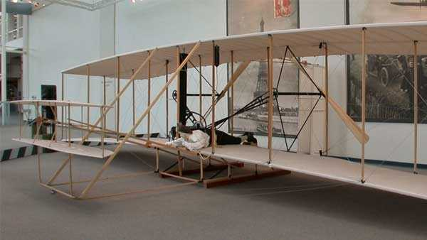 Wright Flyer replica, Seattle Museum of Flight. Photo viaGreg Goebel, Flickr Creative Commons