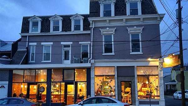 """Address: 107 E 9th St, Newport, KY 41071Website:www.carabellocoffee.comMost popular drink?""""The latte is definitely the most popular!"""""""