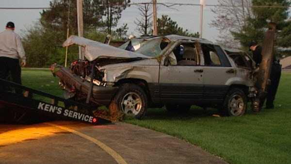 A car crashed into a wall in Kenton County, Kentucky April 1, 2016.