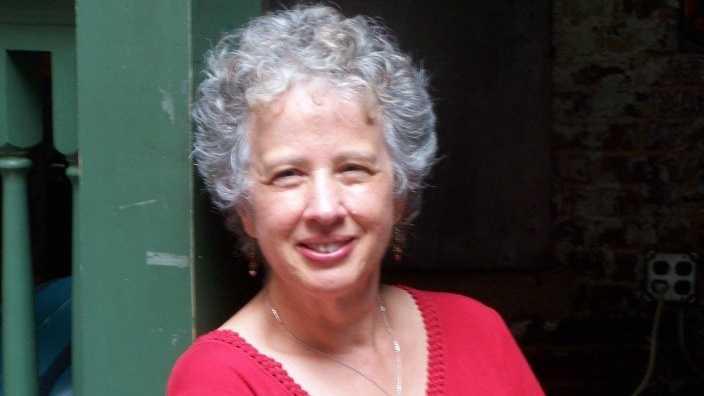 Longtime Cincinnati resident Pauletta Hansel has been named Cincinnati's first Poet Laureate.