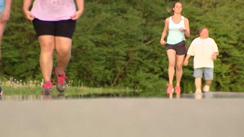 Maria Rolling plans to run the 2016 Flying Pig Marathon despite a multiple sclerosis diagnosis.