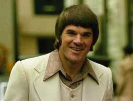 Pictured here is Pete Rose, switch hitter for the Cincinnati Reds, 1975.
