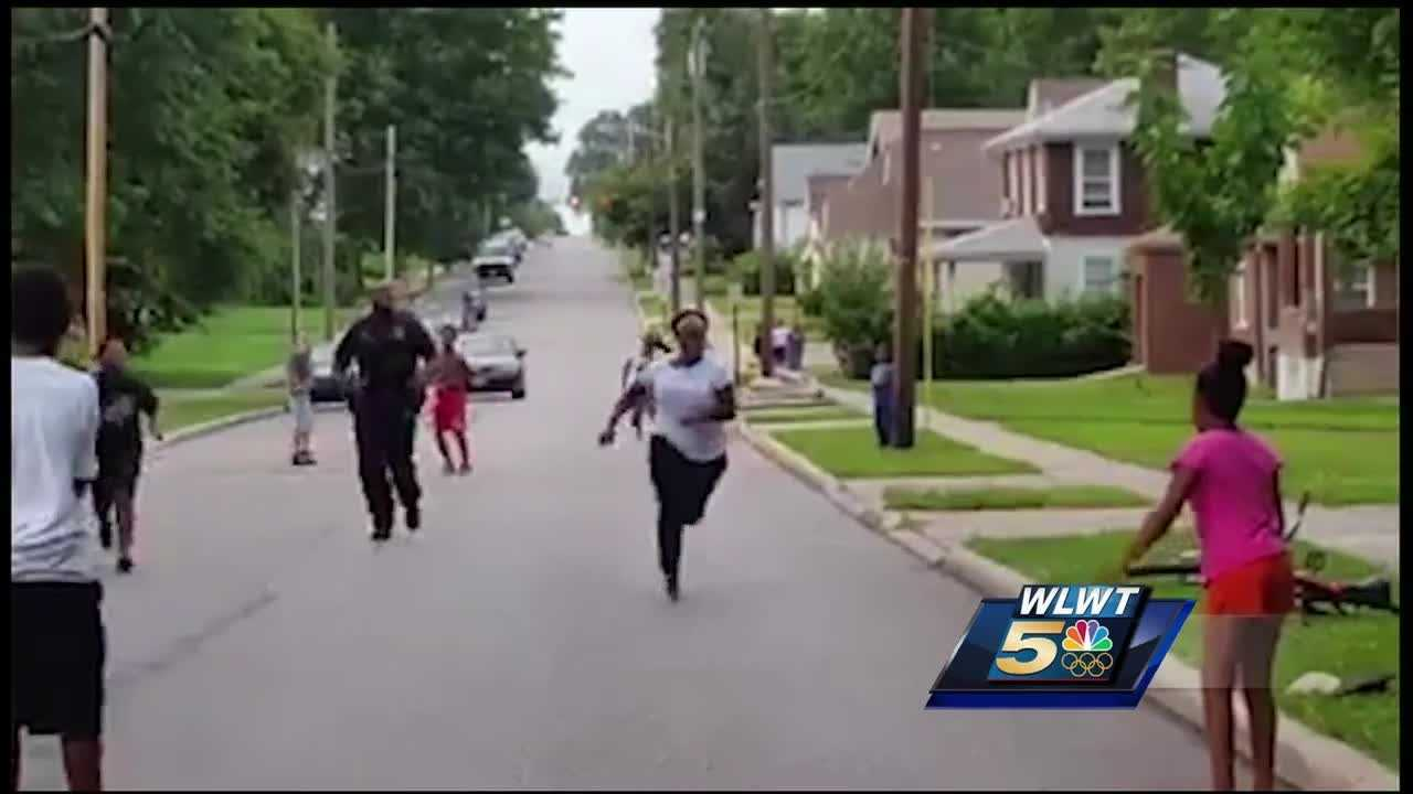 A Mount Healthy police officer was called to a Cincinnati neighborhood for a report of children fighting. When he showed up, he did something unexpected. Now, video of the encounter is going viral.