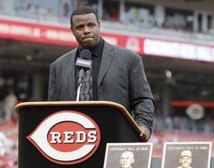 Former Cincinnati Reds center fielder Ken Griffey Jr. gets emotional as he speaks during ceremonies inducting him into the Reds Hall of Fame, Saturday, Aug. 9, 2014, in Cincinnati.