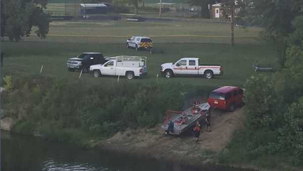 Emergency crews have responded to a report of a possible drowning in the Great Miami River in Miamitown.