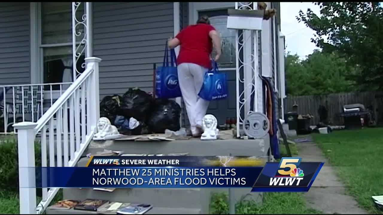 Matthew 25 goes door-to-door with supplies in Norwood