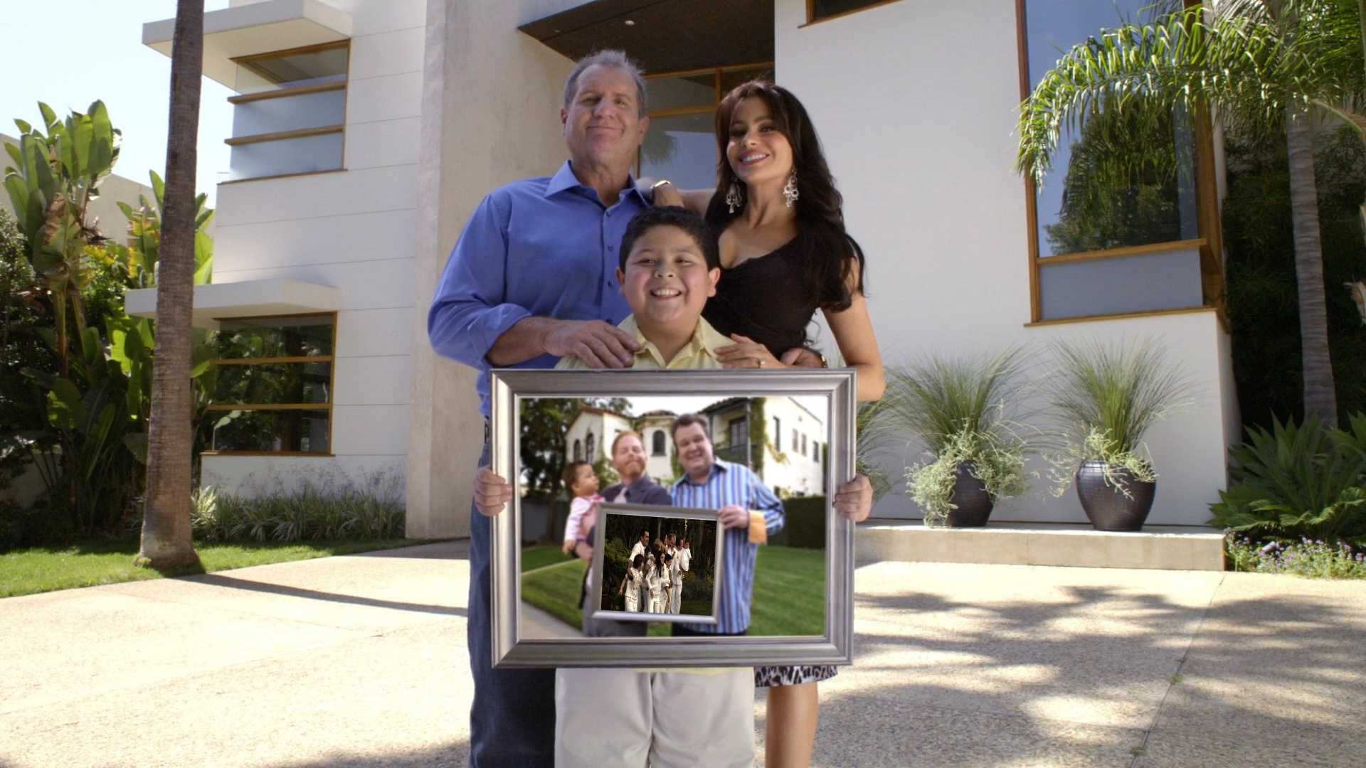 Send us a video or a pic with your family posinglike the cast in the Modern Family show open.