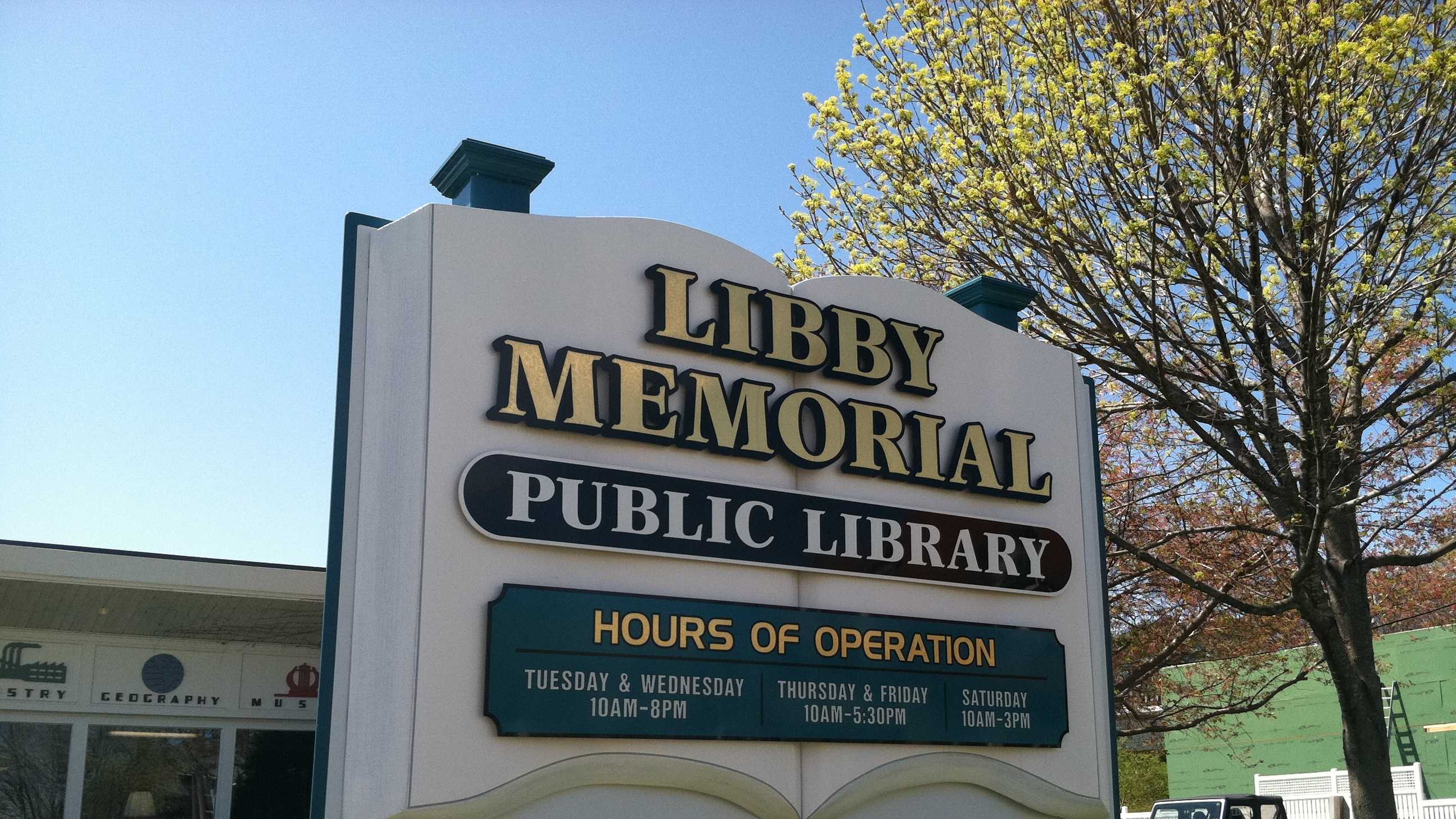 The finances of the Libby Memorial Library are at the center of a dispute between library trustees and the town manager.