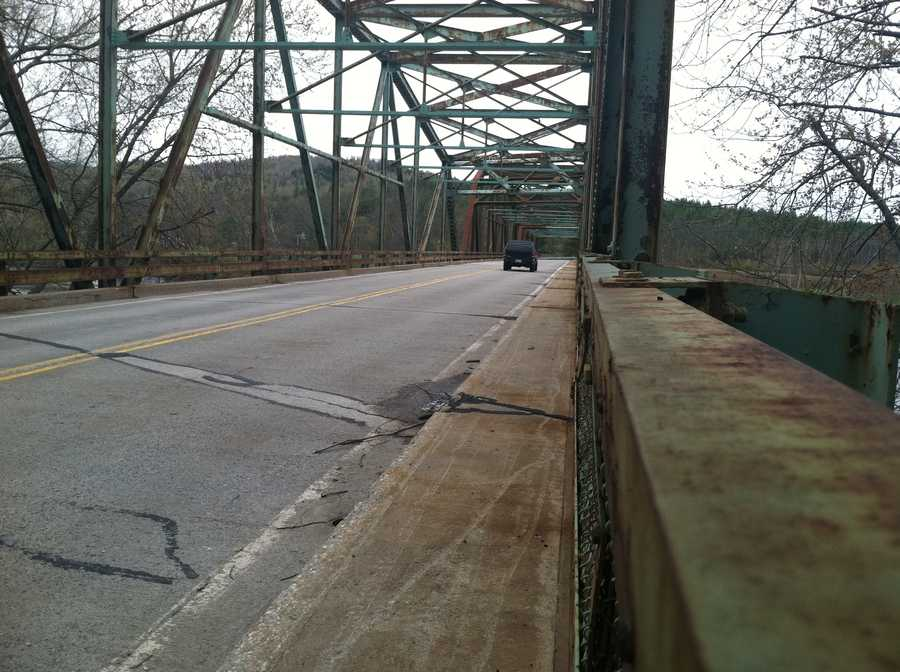 The Maine Transportation Department is seeking $5.2 million in federal transportation funding to help replace the 57-year-old Martin Memorial Bridge.