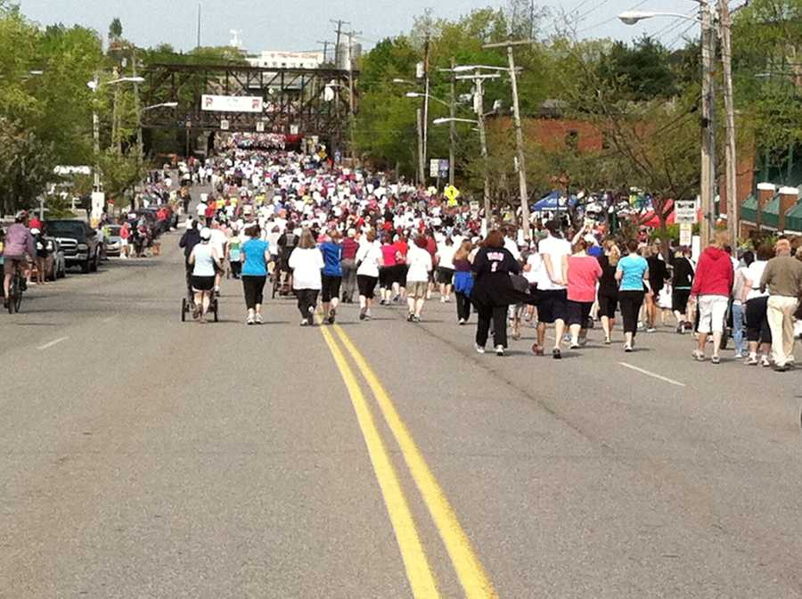 This is the second largest road race in Maine.