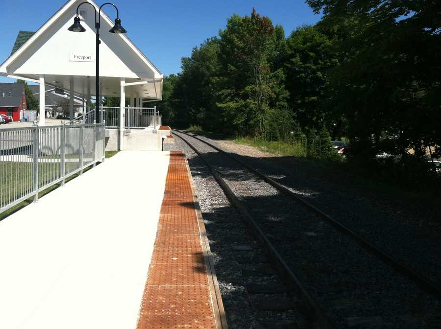 The Freeport Town Council will hold a public meeting Tuesday night to discuss the possibility of establishing a quiet zone, related to the planned expansion of Amtrak's Downeaster train.