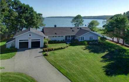 Take a look at this 4 bedroom, 4 bath waterfront property located in Cumberland, ME featured on realtor.com