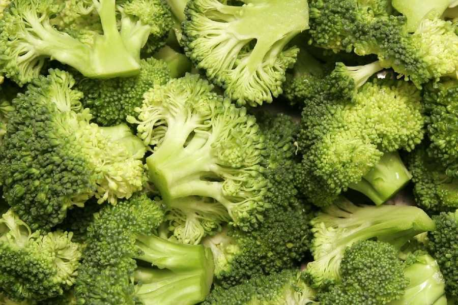 Frozen broccoli can contain up to 60 aphids and/or thrips and/or mites per 100 grams.